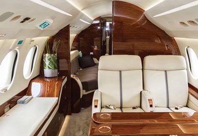 Hentzen wood coatings on plane interior