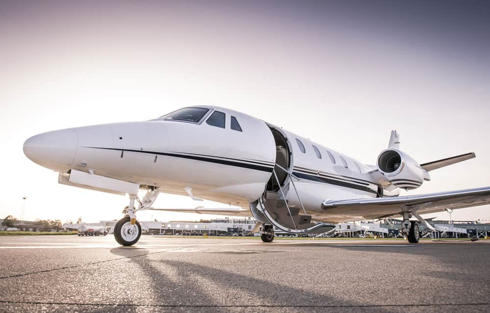 Commercial private jet